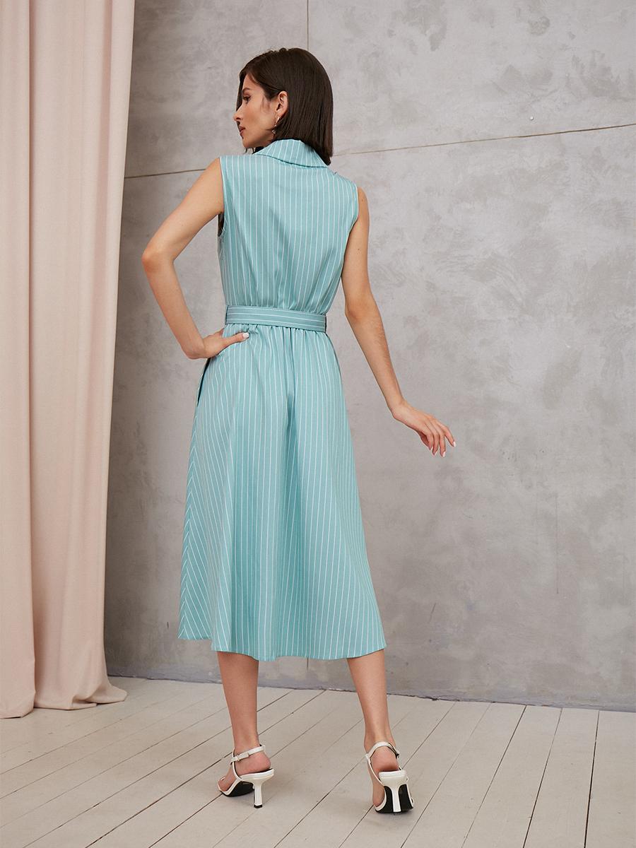 Платье свободного силуэта с поясом