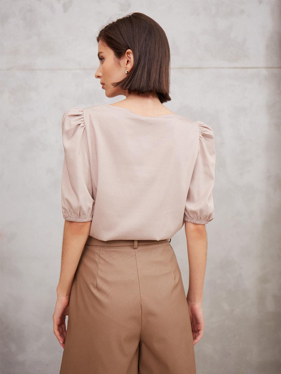 Блуза с пышными рукавами
